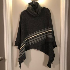 Roots poncho sweater NWT